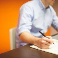 Kiedy warto zakupić artykuły biurowe?